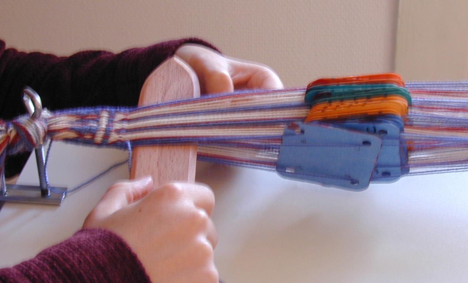 Tablet weaving. Photo S. Spantidaki.
